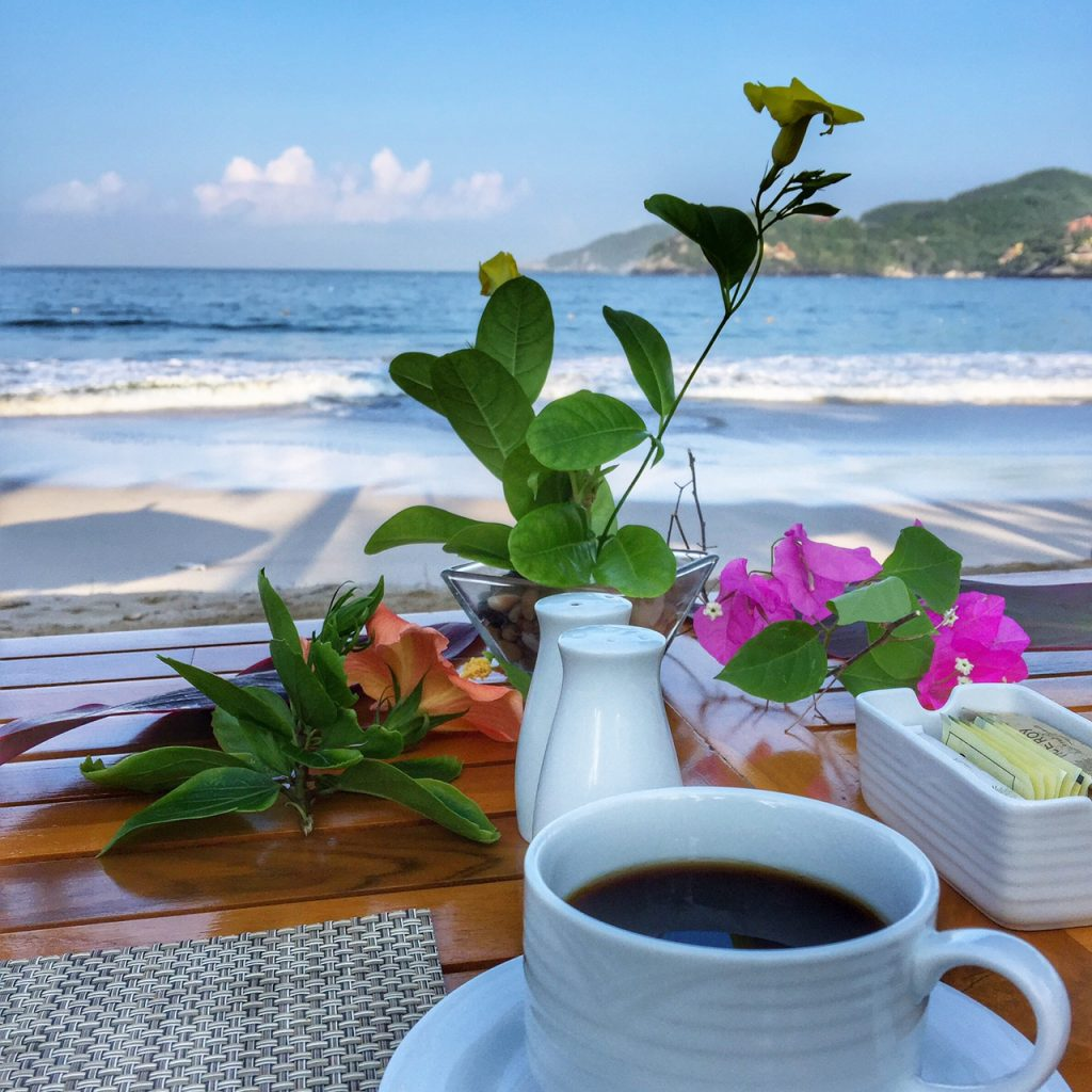 beachfront breakfast at Viceroy Zihuatanejo