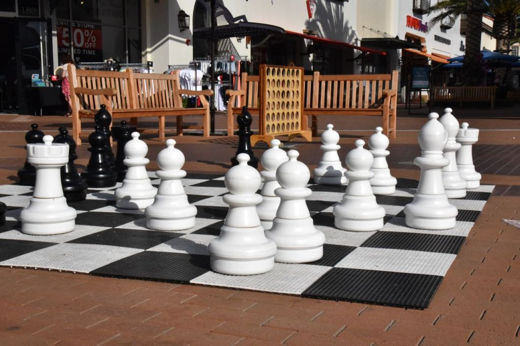 chess-at-the-outlets-at-san-clemente