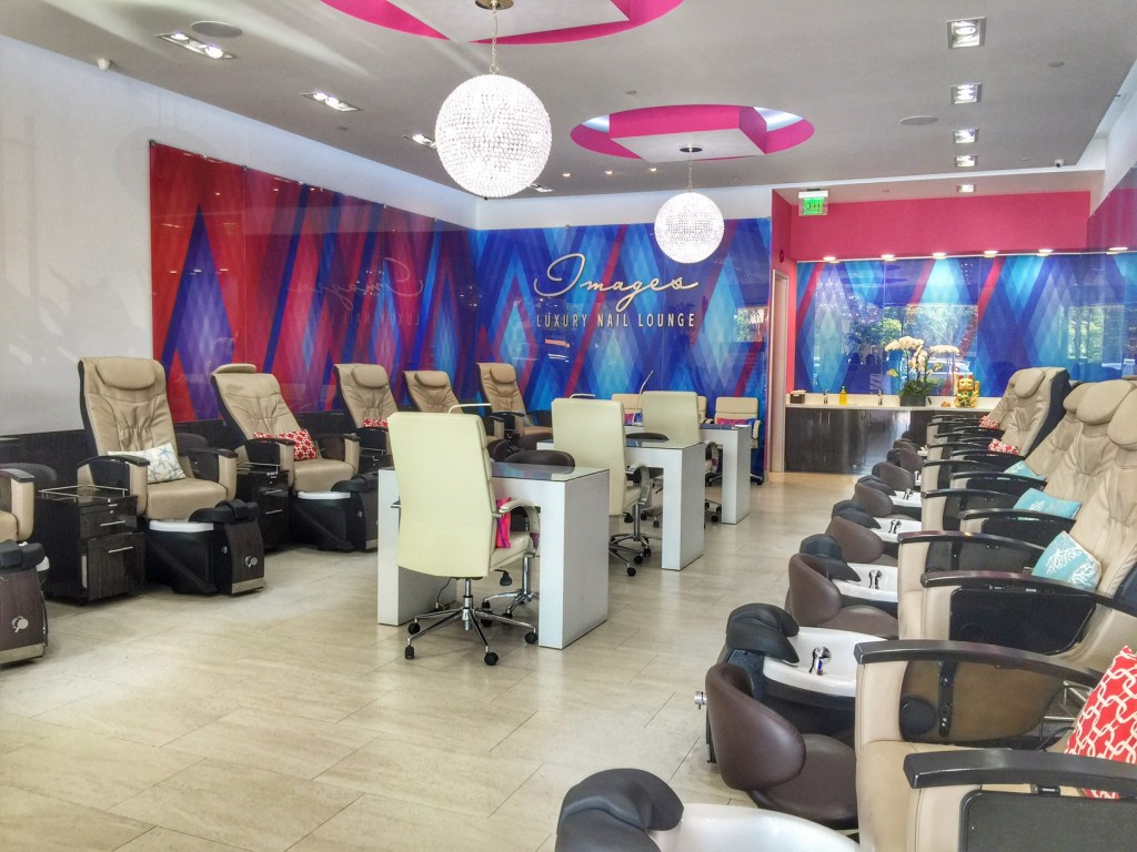 Inside Images Nail Salon in Irvine