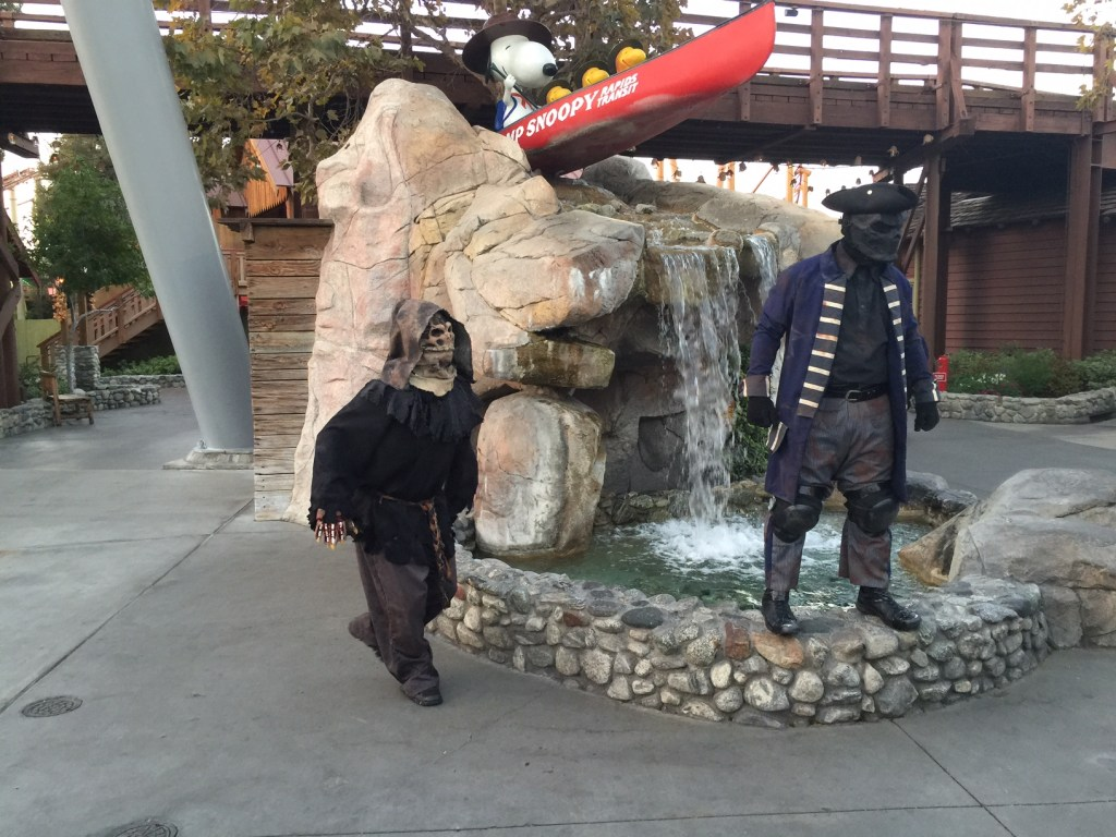 monsters-at-knotts-scary-farm