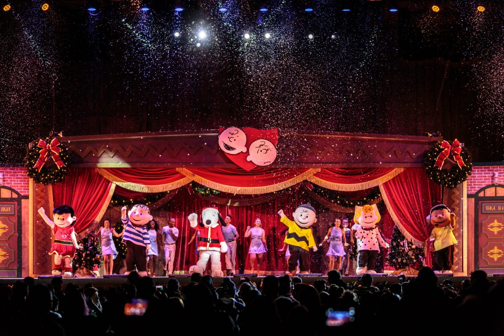 its-the-merriest-christmas-show-ever-charlie-brown-1