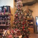 Get into the Holiday Spirit at Roger's Gardens