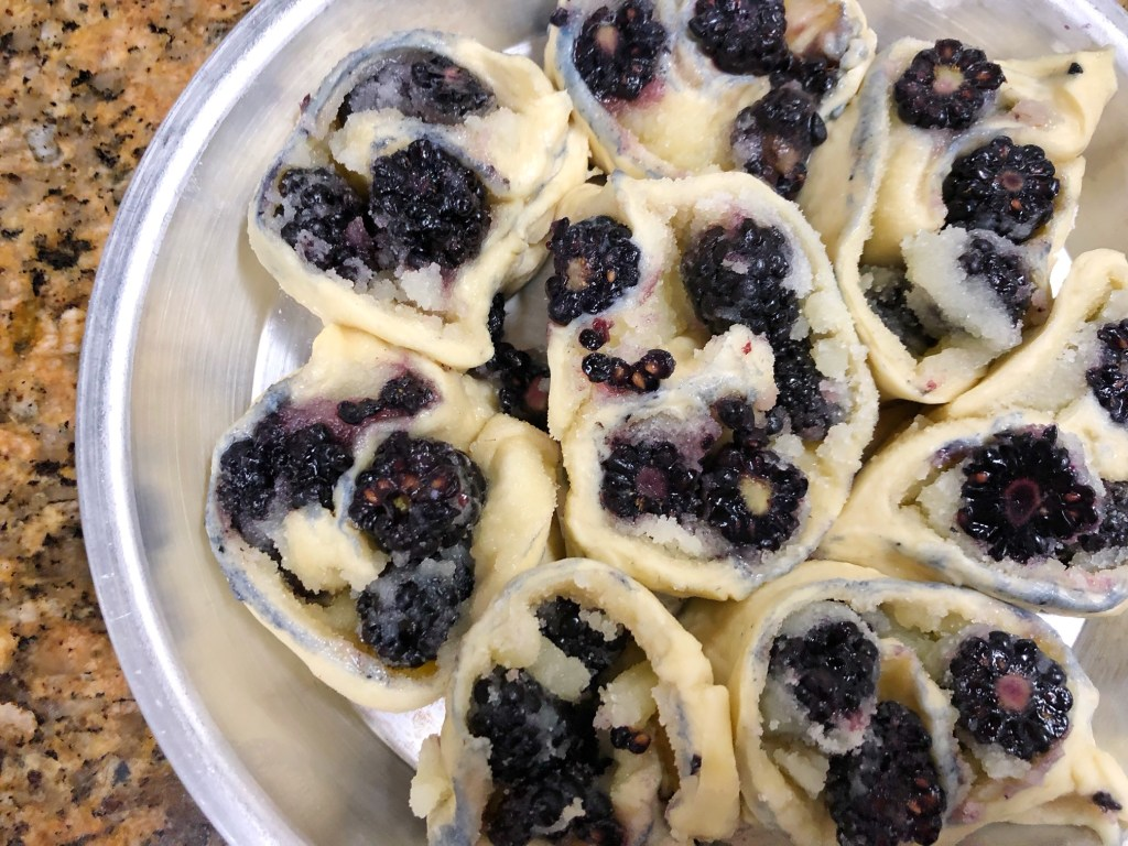 Making Nancy McDermott's BlackBerry Roly Poly
