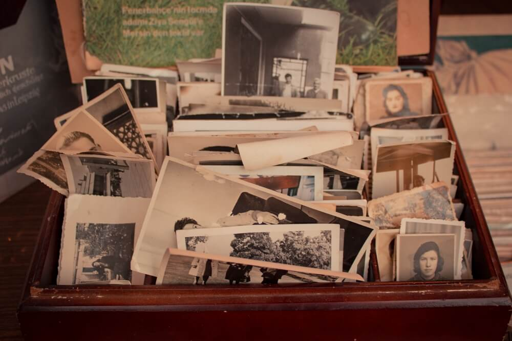 how to restore old photographs by yourself