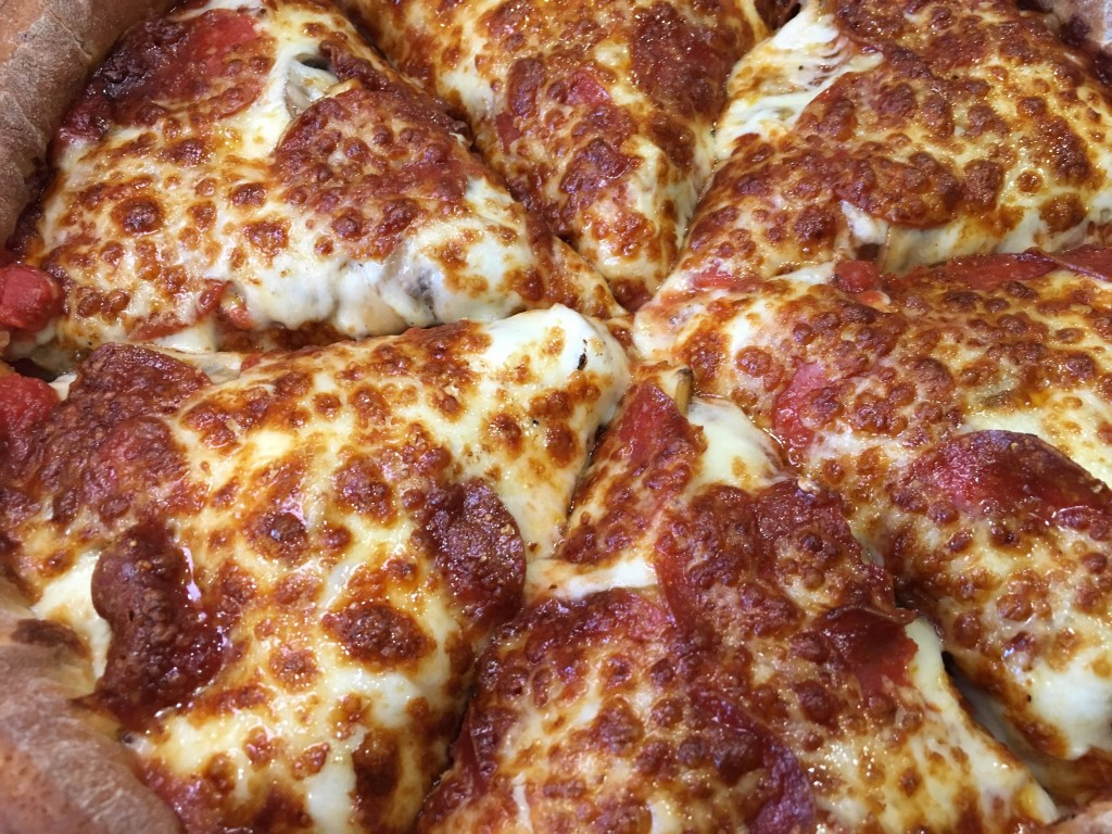 Pepperoni Fresh Brothers Pizza