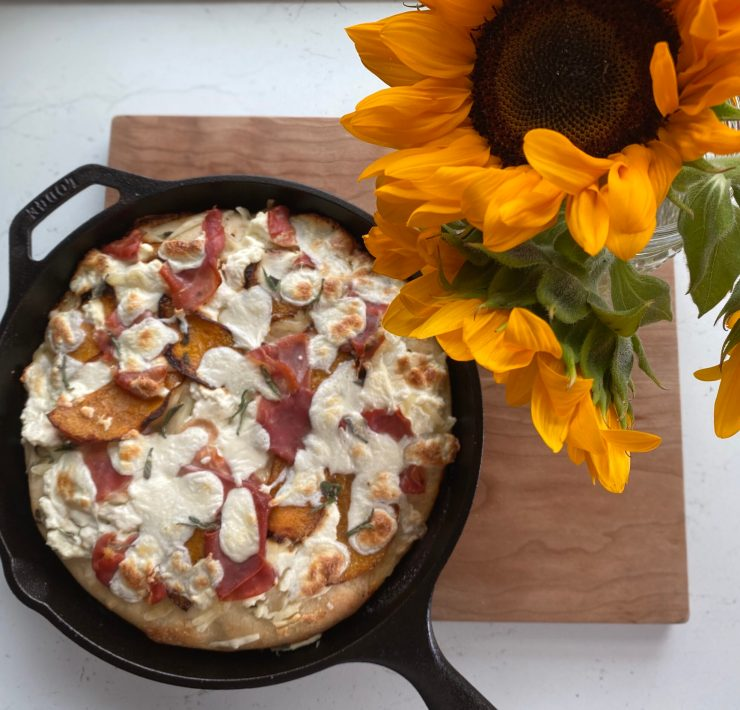Fall pizza skillet