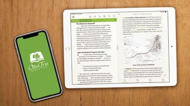 Bíblia no celular Oliver Tree