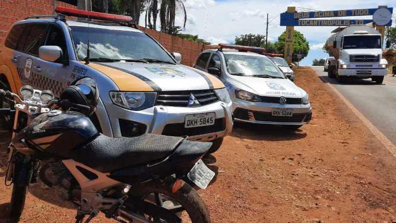 Motocicleta furtada é apreendida durante abordagem policial em barreira sanitária em Tocantinópolis