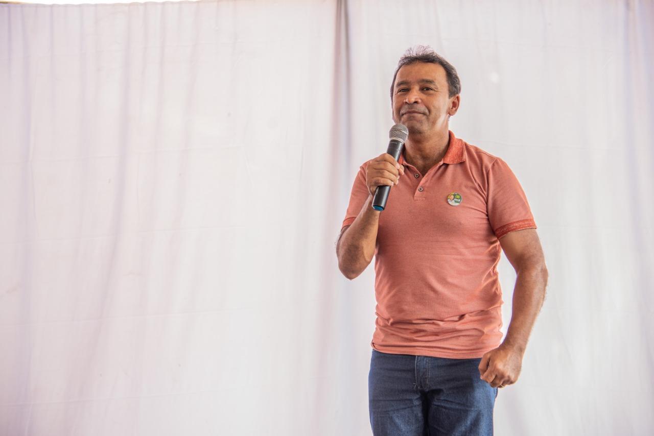 Elenil inaugura comitê e garante que vai levar obras para bairros afastados de Araguaína