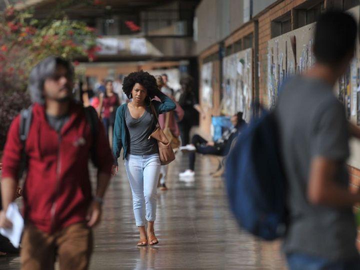 Cresce total de negros em universidades, mas o acesso é desigual