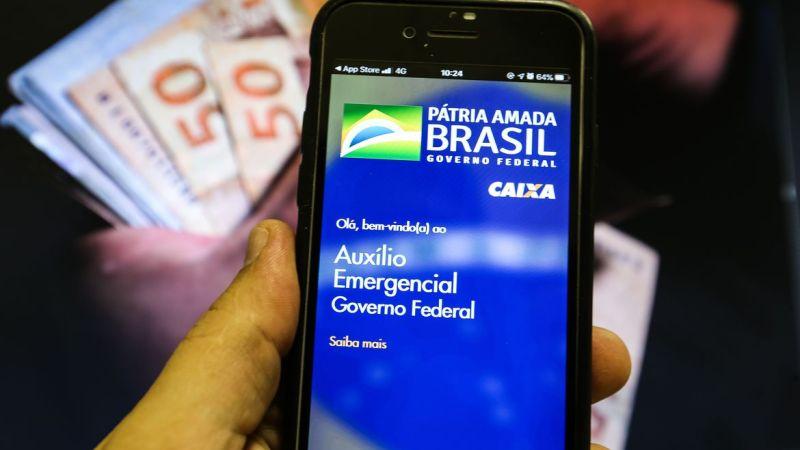 Novo auxílio será pago a menos trabalhadores e valor pode variar de R$ 150 a R$ 375