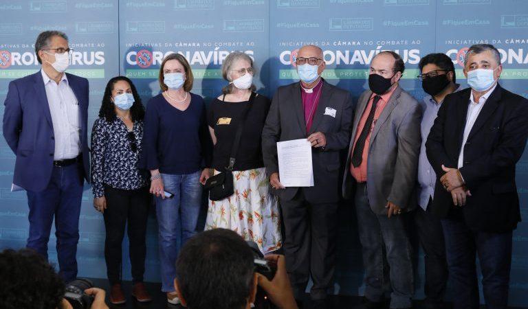 CNBB e líderes cristãos se unem em pedido de impeachment de Bolsonaro