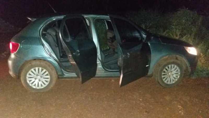 Veículo roubado em Barrolândia é recuperado  instantes depois pela PM em Paraíso
