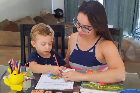 Com quase 2,5 mil alunos não matriculados, prefeitura de Araguaína alerta para evasão escolar após aulas on-line