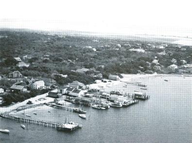 Community Square, 1954