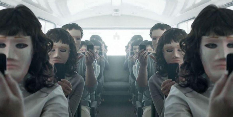 Znalezione obrazy dla zapytania black mirror bandersnatch