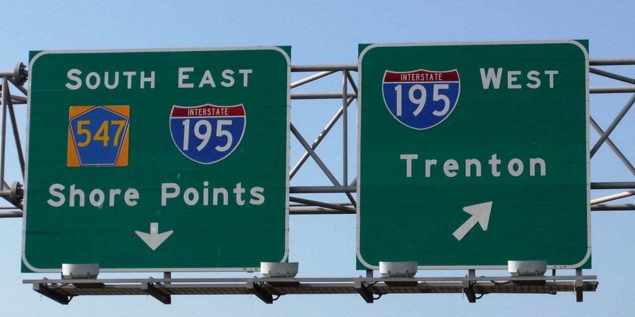 Wall: I-195 WB- Overturned
