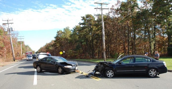 MANCHESTER: Route 530 Head-On Crash Injures Two