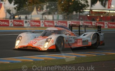 © Octane Photographic 2009. Le Mans 24hour 2009. Aston Martin LMP1, Dunlop Hill. Digital ref: LM09_002