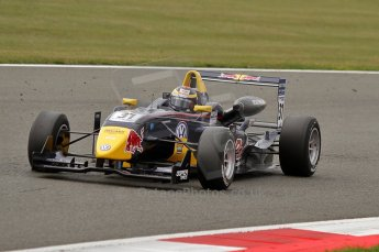 © Octane Photographic 2010. British F3 – Silverstone - Bridge circuit . Jean-Eric Vergne - Carlin. 15th August 2010. Digital Ref : 0051CB7D2508