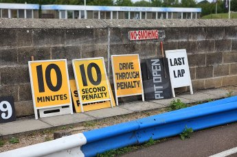 © Octane Photographic 2010. British F3 – Thruxton . Pit signs. 8th August 2010. Digital Ref : CB5D3862
