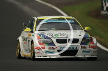 © Octane Photographic Ltd. 2010. British Touring Car Championship – Oulton Park. Saturday 5th June 2010. Digital Ref : 0125CB1D0885