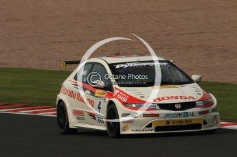 © Octane Photographic Ltd. 2010. British Touring Car Championship – Oulton Park. Saturday 5th June 2010. Digital Ref : 0125CB1D1039