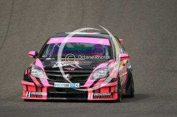 © Octane Photographic Ltd. 2010. British Touring Car Championship – Oulton Park. Saturday 5th June 2010. Digital Ref : 0125CB1D1773