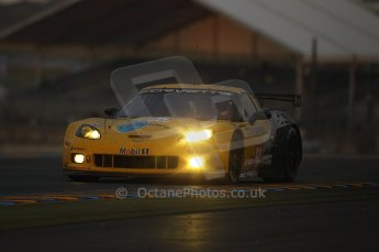 2010 Le Mans, Sunday June 13th 2010. Dunlop Chicane at dawn. Digital Ref : CB1D5165