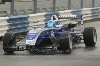 © Octane Photographic 2011 – British Formula 3 - Donington Park - Race 2. 25th September 2011. Digital Ref : 0186lw1d6495