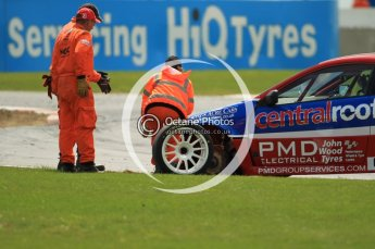 © Octane Photographic Ltd. 2011. British Touring Car Championship – Snetterton 300, Lea Wood - Honda Integra - Central Group racing, looses his front left wheel on race 1's green flag lap. Sunday 7th August 2011. Digital Ref : 0124CB1D4075