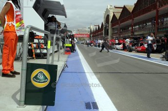 © Octane Photographic Ltd. 2011. European Formula1 GP, Friday 24th June 2011. GP2 Practice. GP2 teams ready to start their 1st practice session on the Valencia street circuit. Digital Ref: 0082CB1D6411