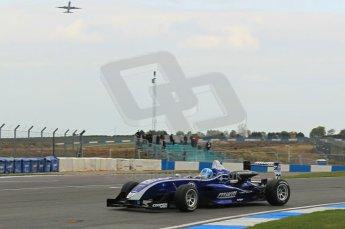 © Octane Photographic 2011 – Formula 3. Race 1. 24th September 2011. Digital Ref : 0184lw1d5994
