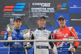 © Octane Photographic 2011 – Formula 3. Race 1. 24th September 2011. Digital Ref : 0184lw1d6244