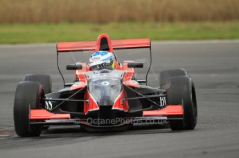 © Octane Photographic Ltd. 2011. Formula Renault 2.0 UK – Snetterton 300, Jordan King - Manor Competition. Saturday 6th August 2011. Digital Ref : 0122CB7D8846