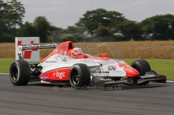 © Octane Photographic Ltd. 2011. Formula Renault 2.0 UK – Snetterton 300, Alex Lynn - Fortec Motorsports. Saturday 6th August 2011. Digital Ref : 0122LW7D0419