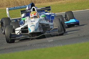 © Octane Photographic Ltd. 2011. Formula Renault 2.0 UK – Snetterton 300, Dan Wells - Atech Reid GP under pressure from Josh Hill - Manor Competition. Sunday 7th August 2011. Digital Ref : 0123CB1D3688