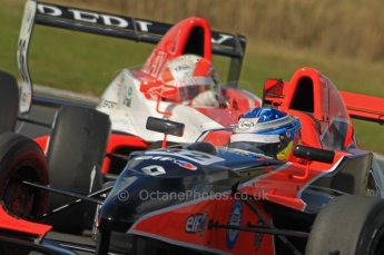 © Octane Photographic Ltd. 2011. Formula Renault 2.0 UK – Snetterton 300, Jordan King - Manor Competition getting a mirror full of Alex Lynn - Fortec Motorsports. Sunday 7th August 2011. Digital Ref : 0123CB1D3758