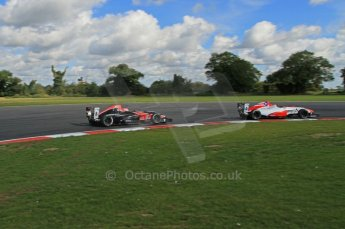 © Octane Photographic Ltd. 2011. Formula Renault 2.0 UK – Snetterton 300, Felix Serrales - Fortec Competition, being chased by championship leader Alex Lynn - Fortec Motorsports. Sunday 7th August 2011. Digital Ref : 0123LW7D0088