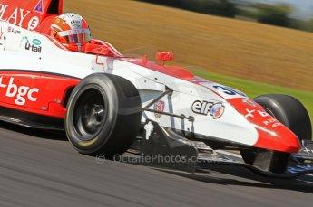 © Octane Photographic Ltd. 2011. Formula Renault 2.0 UK – Snetterton 300, Alex Lynn - Fortec Motorsports. Sunday 7th August 2011. Digital Ref : 0123LW7D0238