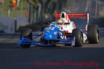 Oliver Rowland, Brands Hatch, Formula Renault, 01/10/2011