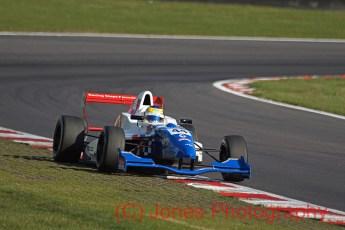 Oliver Rowland, Formnula Renault, Brands Hatch, 01/10/2011