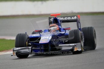 © Octane Photographic 2011. GP2 Official pre-season testing, Silverstone, Tuesday 5th April 2011. Carlin - Max Chilton. Digital Ref : 0039CB7D0454