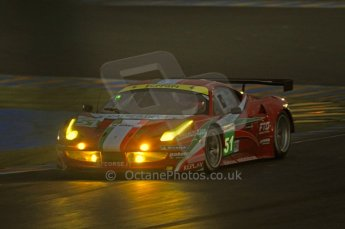 © Octane Photographic 2011. Le Mans night qualifying 9th June 2011. La Sarthe, France. Digital Ref : 0077CB7D0635