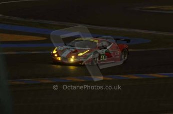 © Octane Photographic 2011. Le Mans night qualifying 9th June 2011. La Sarthe, France. Digital Ref : 0077LW7D4662