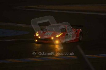 © Octane Photographic 2011. Le Mans night qualifying 9th June 2011. La Sarthe, France. Digital Ref : 0077LW7D4664