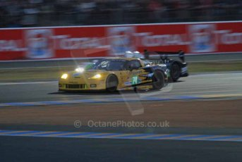 © Octane Photographic 2011. Le Mans night qualifying 9th June 2011. La Sarthe, France. Digital Ref : 0077LW7D4743
