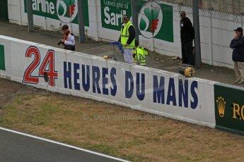© Octane Photographic 2011. Le Mans finish line and podium - Sunday 11th June 2011. La Sarthe, France. Digital Ref : 0263lw7d7506