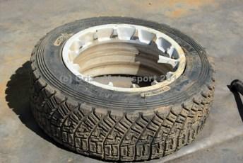 © Grize Motorsport 2011. WRC Portugal. Knackered wheel. Digital Ref : 0048cam18507