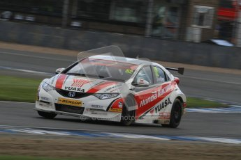 © Octane Photographic Ltd. BTCC - Round Two - Donington Park - Race 2. Sunday 15th April 2012. Gordon Shedden, Honda Civic, Honda Yuasa Racing Team. Digital ref : 0296lw7d4821
